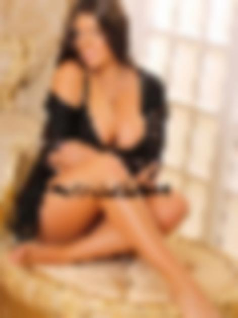 Dubai escort girl Eva
