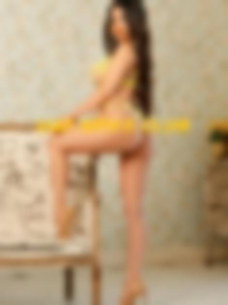 UAE escort girl Helen